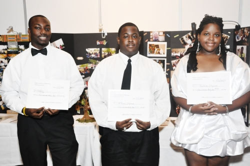 2010 GJM Scholarship Recipients(L'Anthony Davis, Decarius Gillyard, KaNeisha Gillyard)